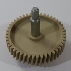 Шестерня мясорубки импортная (с мет. валом)  (D: 82 мм, зуб.: косые)